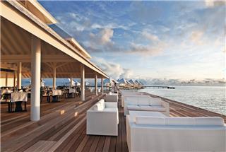 Diamonds Thudufushi Beach & Water Villas 4*