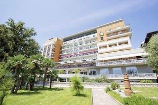 Grand Hotel 4 Opatijska Cvijeta prochainement Hotel Camelia 4*